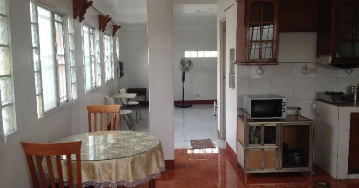 Condo for rent in quezon city manila 15 000 1758374 for Cocktail tables for rent quezon city