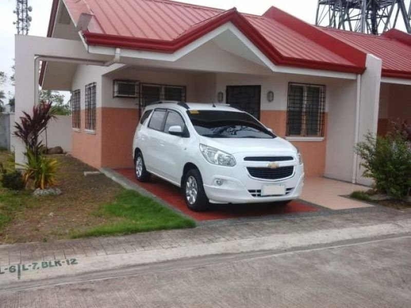 fully furnished bungalow unit php 2,000,000.00
