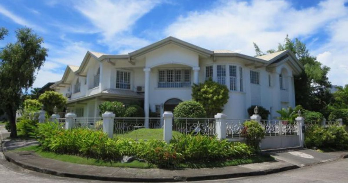 7 bed house for rent in muntinlupa manila 190 000 for 6 bed house to rent