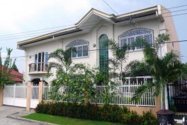 5 Bedroom House for Sale or Rent in Pampang, Pampanga