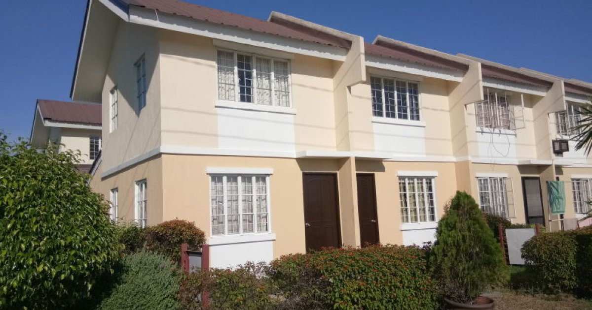2 bedroom townhomes 2 bed townhouse for in claremont 1 012 700 2174148 10020
