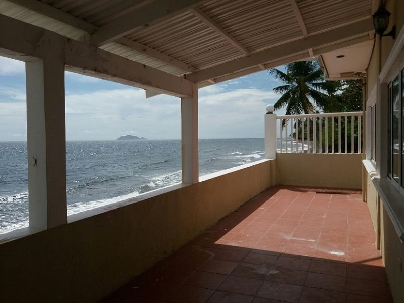 beachfront house for sale with great view of apo island - 3207199