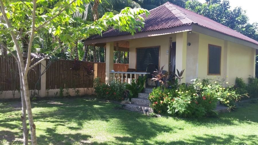 new listing beach property with 2 cottages