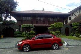 5 bedroom house for rent near MRT-3 Ortigas