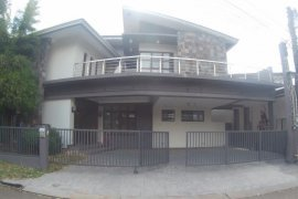 5 bedroom house for rent in Banilad, Cebu City