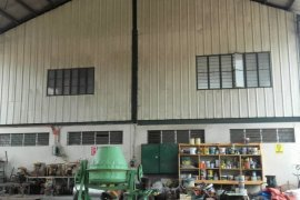 Warehouse and factory for sale in Quezon City, Metro Manila