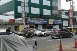 Retail space for sale near MRT-3 North Avenue