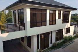 4 bedroom house for sale in Batasan Hills, Quezon City