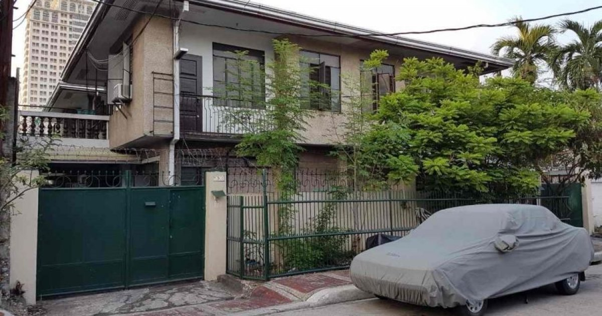 2 bed apartment for sale in teachers village west quezon for West village apartment for sale