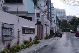 5 Bedroom Villa for sale in Horseshoe, Metro Manila near LRT-2 Gilmore