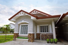 2 bedroom house for sale in Grand Royale
