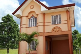 3 bedroom house for sale in Grand Royale