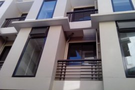 3 Bedroom Townhouse for sale in Barangay 10, Metro Manila