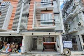 3 Bedroom House for sale in Pasong Tamo, Metro Manila