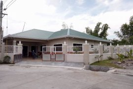 4 bedroom house for rent in Pampang, Angeles