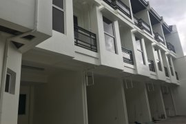 4 Bedroom House for sale in Cubao, Metro Manila near LRT-2 Araneta Center-Cubao