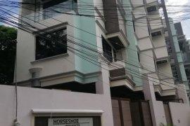 5 Bedroom House for sale in Horseshoe, Metro Manila near LRT-2 Betty Go-Belmonte