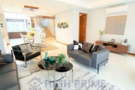 4 Bedroom House for sale in New Manila, Metro Manila