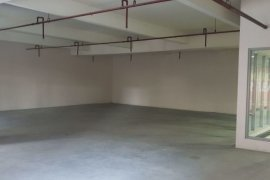 Commercial for rent in Highway Hills, Metro Manila
