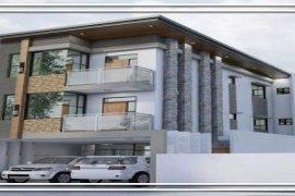 8 Bedroom House for sale in Tandang Sora, Metro Manila