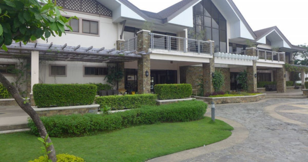 4 Bed Townhouse For Rent In Mahogany Place Iii Taguig Metro Manila 65 000 1989154 Dot