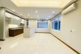 5 Bedroom Townhouse for Sale or Rent in Balingasa, Metro Manila