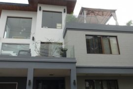 4 bedroom house for sale in Bagumbayan, Taguig