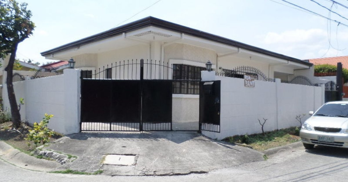 4 bed house for rent in las pi as metro manila 25 000 for 6 bedroom homes for rent