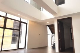 5 Bedroom Townhouse for sale in Bagong Ilog, Metro Manila