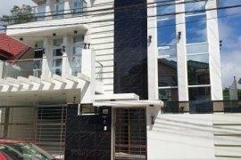 9 Bedroom House for sale in Batasan Hills, Metro Manila