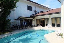 9 bedroom house for sale in Dasmariñas Village