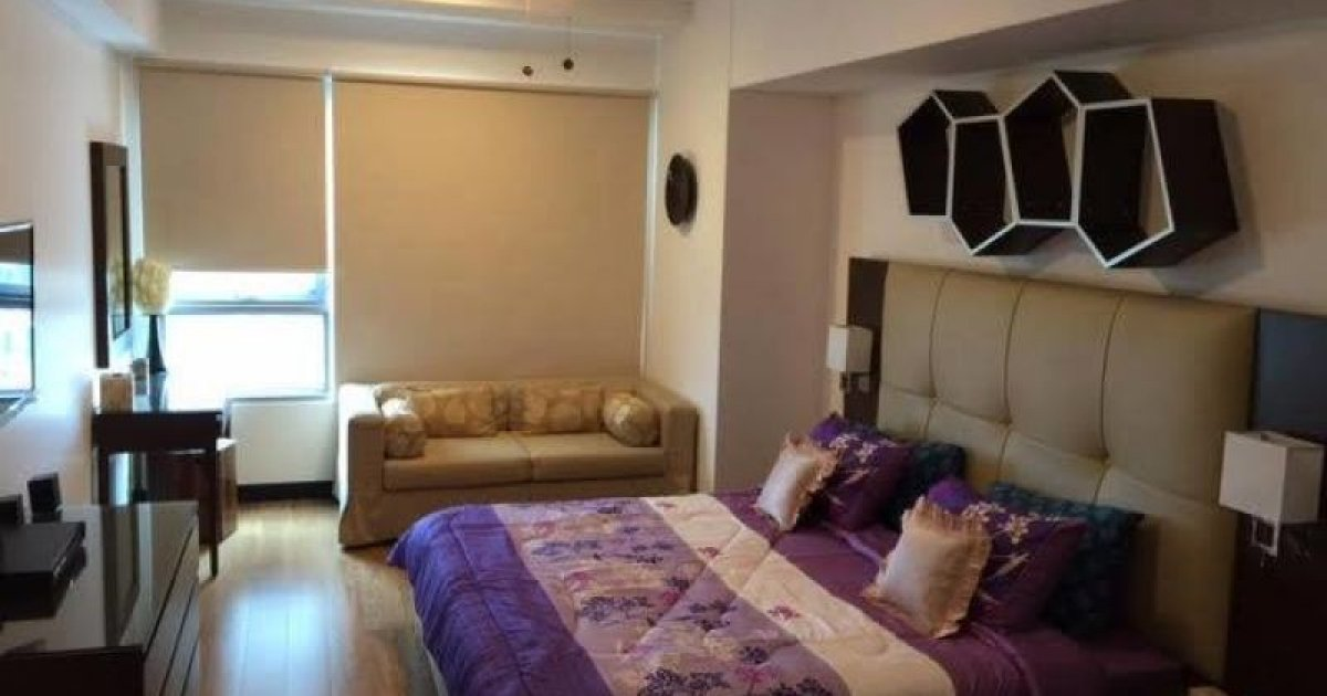 2 bedroom for rent 2 bed condo for rent in one serendra 170 000 2231749 13934