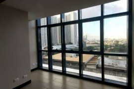 1 Bedroom Condo for sale in Salcedo Skysuites, Makati, Metro Manila