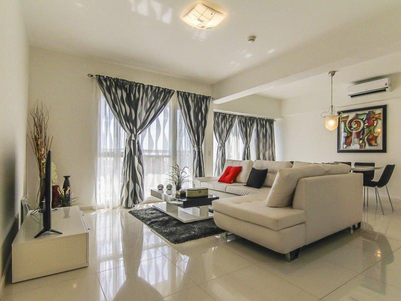 2 Bedroom Fully Furnished Condo Unit In Senta Makati