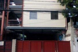 Apartment for rent in Highway Hills, Metro Manila near MRT-3 Shaw Boulevard