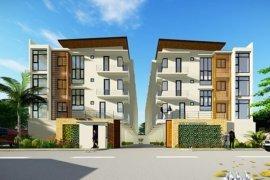 5 Bedroom Townhouse for sale in Highway Hills, Metro Manila