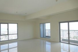 3 bedroom condo for rent in The Infinity