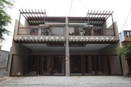 4 Bedroom Townhouse for sale in Moonwalk, Metro Manila