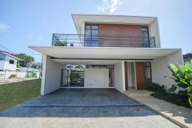 3 Bedroom House for sale in Don Bosco, Metro Manila