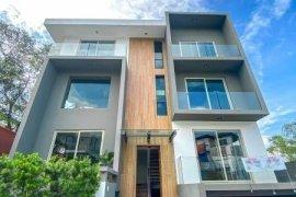 5 Bedroom House for rent in McKinley Hill Village, BGC, Metro Manila