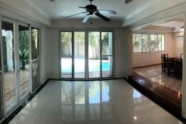 4 Bedroom House for rent in Alabang, Metro Manila