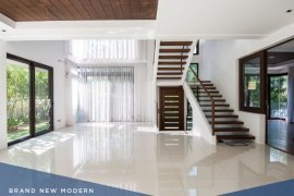 5 Bedroom House for sale in McKinley Hill Village, BGC, Metro Manila