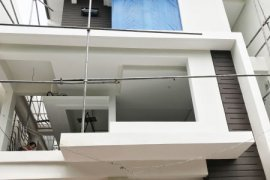 4 Bedroom House for sale in Pansol, Metro Manila