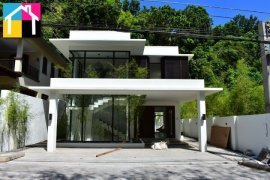 7 Bedroom House for sale in Banilad, Cebu