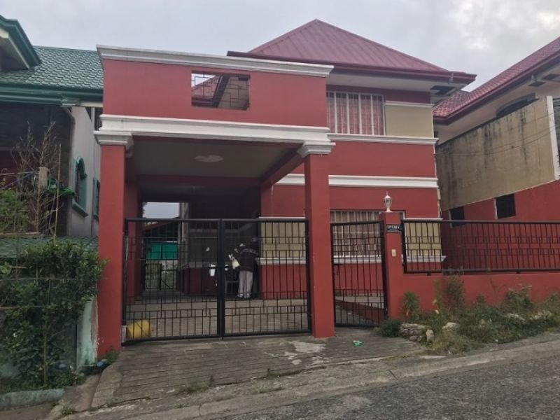 baguio residential house and lot with four bedrooms