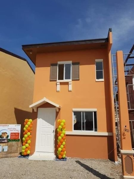 affordable 2 bedrooms house in camella pili
