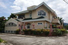 4 Bedroom House for sale in Batangas near LRT-2 Recto