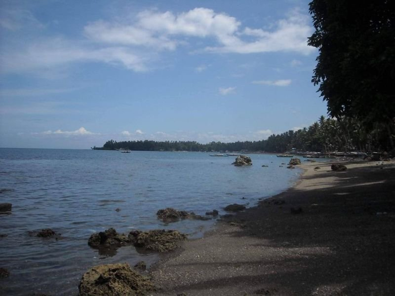 5,843 sqm clean title beach lot expandable up to 2.5 has