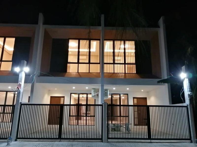 3 bedroom townhouse for sale in antipolo near church tranportation school near puregold la salle school mall