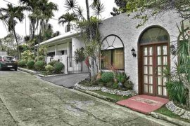 5 bedroom house for sale in Banilad, Cebu City